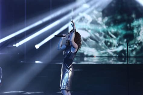 Emji: Crazy in love - Top 11 - NOUVELLE STAR 2015 | Fou