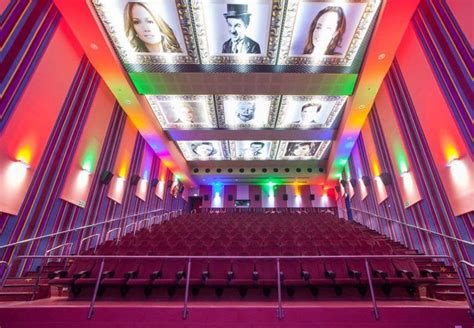 14 Awesome Movie Theaters From Around The World - Part 2