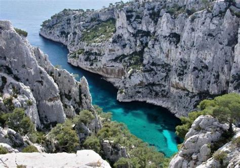 Calanques: Boat Rental with a Skipper in the Calanques