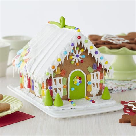 Candy Sweet Gingerbread House #5 | Wilton