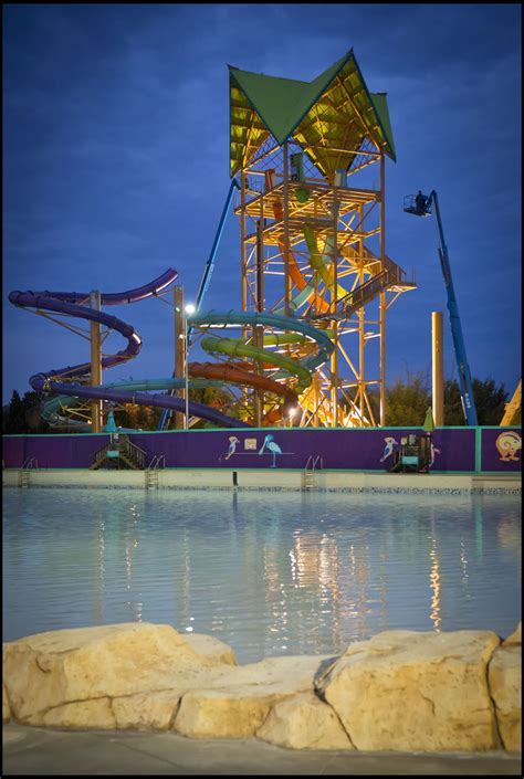 Aquatica water park new ride's roof now in place - Orlando