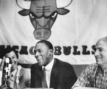 Michael Jordan Signs with the Bulls   Remembering Chicago