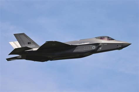 Turkish pilot carries out first flight with the F-35