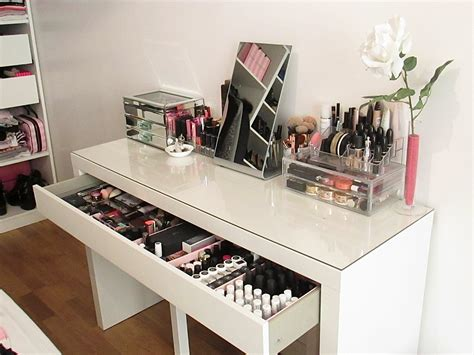 Meuble Coiffeuse Maquillage — Mikea Galerie