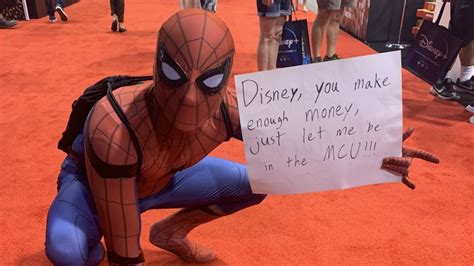 D23 Cosplay Photos: Fans Dress as Spider-Man to Protest