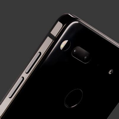 Report: Only 5,000 Essential Phones Sold So Far   Wirefly