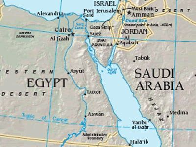 A Deep Look At Oil Tankers And The Suez Canal In The Wake