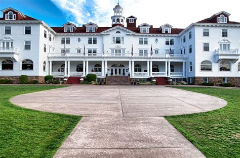 Haunted Road Trip: The Stanley Hotel of Estes Park